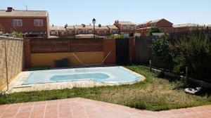 Chalet en Venta en Resto Poblaciones A4 - Casarrubuelos / Casarrubuelos