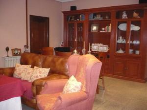 Casa adosada en Venta en - Zona Centro / Tomelloso