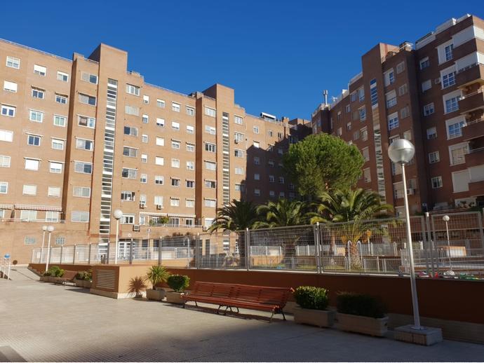 Foto 1 de Piso en Avenida Pinar / Parque Lisboa - La Paz, Alcorcón