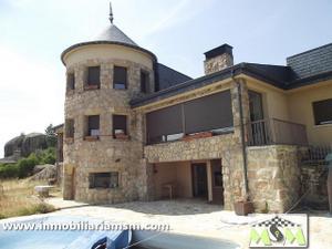 Chalet en Venta en Canario / Manzanares El Real