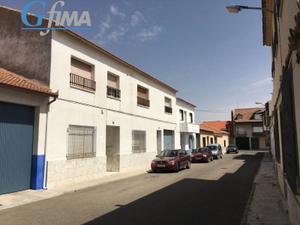 Casa adosada en Venta en Villarta de San Juan ,centro / Villarta de San Juan