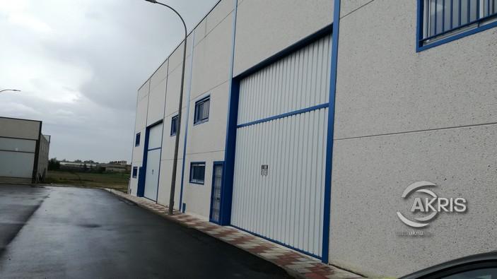 Nau industrial en Mocejón. Naves industriales preparadas para instalar puente grúa. dispone