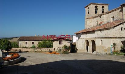 Casas adosadas en venta en Ebro