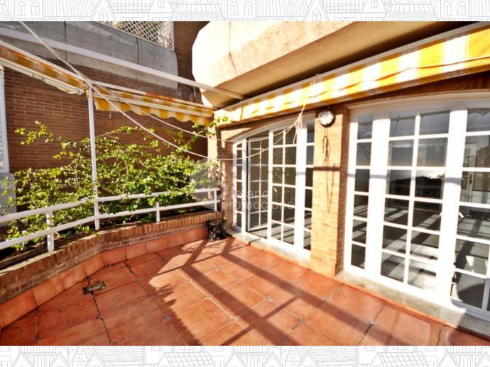 Foto 15 de Dúplex en Málaga Este, En Selecta Urbanización Con Vistas, Jardines Y Piscina, Junto Mejores Colegios / Cerrado Calderón - El Morlaco, Málaga Capital