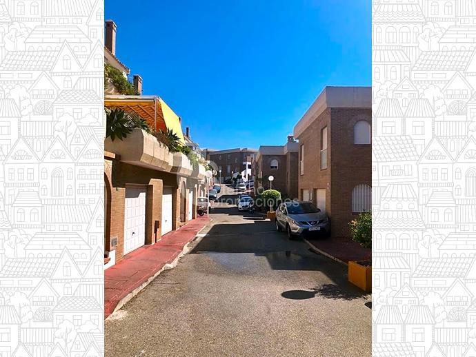 Foto 29 de Dúplex en Málaga Este, En Selecta Urbanización Con Vistas, Jardines Y Piscina, Junto Mejores Colegios / Cerrado Calderón - El Morlaco, Málaga Capital