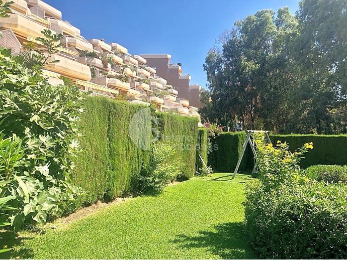 Foto 40 de Dúplex en Málaga Este, En Selecta Urbanización Con Vistas, Jardines Y Piscina, Junto Mejores Colegios / Cerrado Calderón - El Morlaco, Málaga Capital