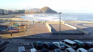 Piso en Venta en Novedad! Vistas Totales a la Playa de la Zurriola! / Gros
