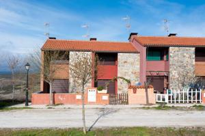 Casa adosada en Alquiler en Potro, 1 / Robledillo de la Jara