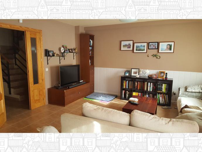 Foto 2 de Casa adosada en Alovera / Alovera