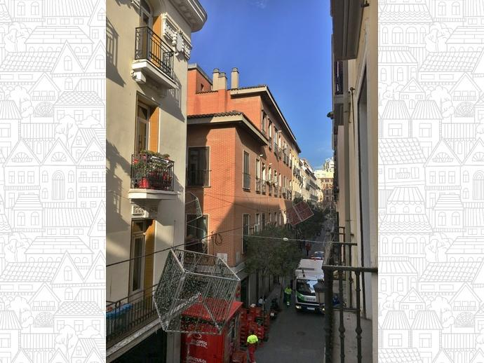 Foto 11 de Piso en Calle Echegaray / Cortes - Huertas,  Madrid Capital