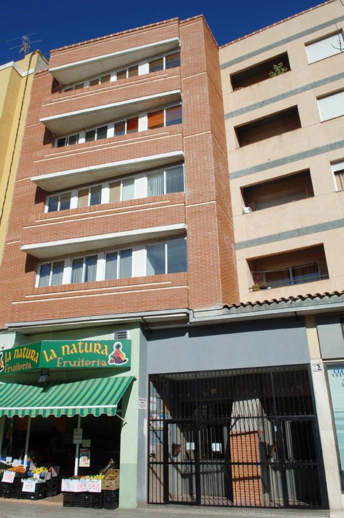 Alquiler Oficina  Calle alzira, 28. Oficina de 120 m2.