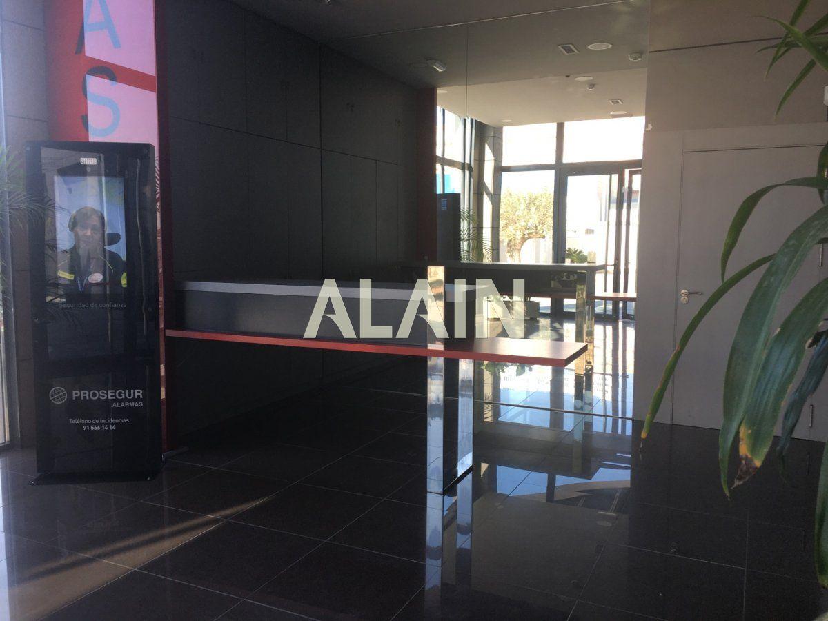 Affitto Edificio  Alfafar ,alfafar, zona de - sedaví. Edificio de oficinas en alquiler nuevo