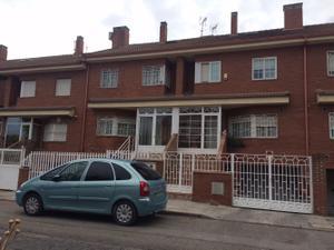 Casa adosada en Venta en Hoces del Cabriel, 23 / Perales del río