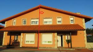 Casa adosada en Venta en La Berasquita, 5 / Santa María de Cayón