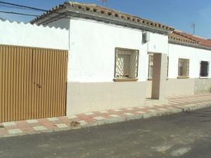 Alquiler Vivienda Casa-Chalet poblado - puertollano