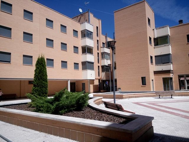 Piso en alquiler en Valladolid Capital - La Farola