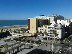 Flats to rent at Cádiz Capital