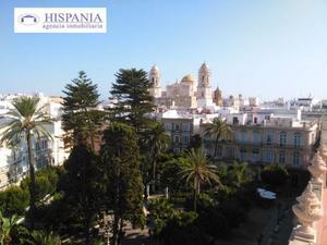 Piso en Venta en Cadiz ,centro / Centro Histórico