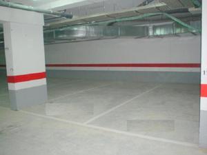 Garaje en Venta en Precio Super-rebajado / Centro