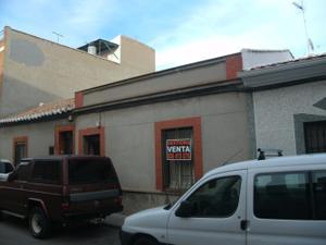 Chalet en Venta en Precio Negociable / Centro