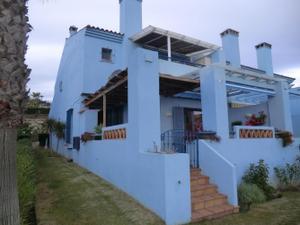 Casa adosada en Venta en ¡gran Oportunidad! Adosado en Primera Linea de Playa y Campo de Golf / La Línea de la Concepción
