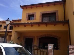 Casa adosada en Venta en Lancha el  Moro, 9 / Piedralaves