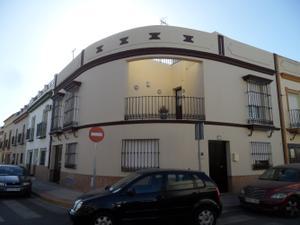 Chalet en Venta en Alcalá de Guadaira - Urbanización el Castillo / Centro