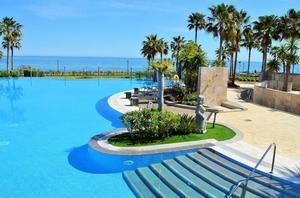 Apartamento en Venta en Estepona, Playa. / Estepona Este