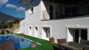 Chalet en Venta en Estepona Este - Paraíso - Atalaya- Benamara / Estepona Centro
