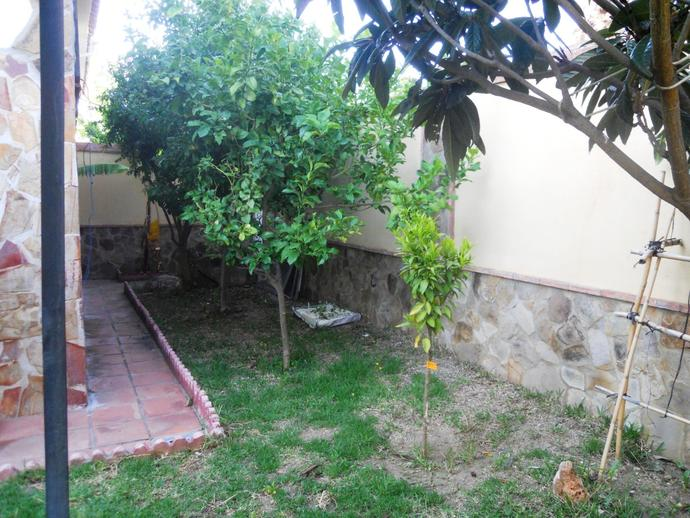 Foto 2 de Casa adosada en Málaga Capital - Churriana - Monsalvez / Churriana, Málaga Capital
