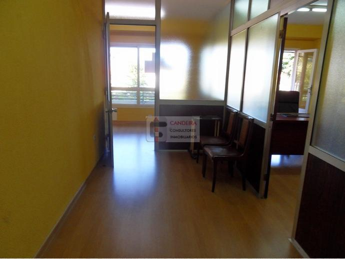 Oficina en vigo en casco urbano en calle areal 139934066 for Alquiler oficinas en vigo