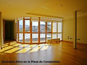 Ático en Venta en Plaza de Compostela / Casco Urbano