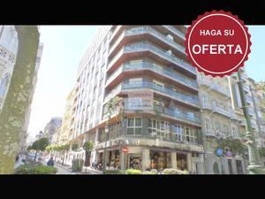 Apartamento en Venta en Plaza de Compostela / Casco Urbano