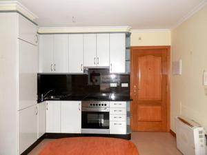 Apartamento en Alquiler en Numancia / Casco Urbano