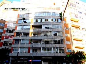 Piso en Venta en Vigo / Casco Urbano