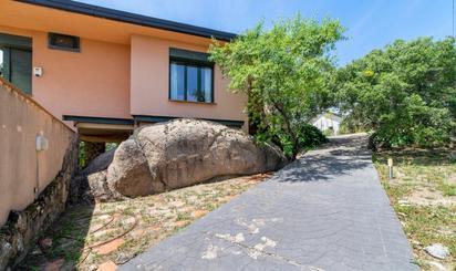 Viviendas y casas en venta en Green Paddock, Madrid