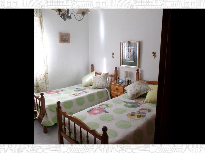 Foto 12 de Piso en Avd. La Aurora / Carranque - Haza Cuevas, Málaga Capital