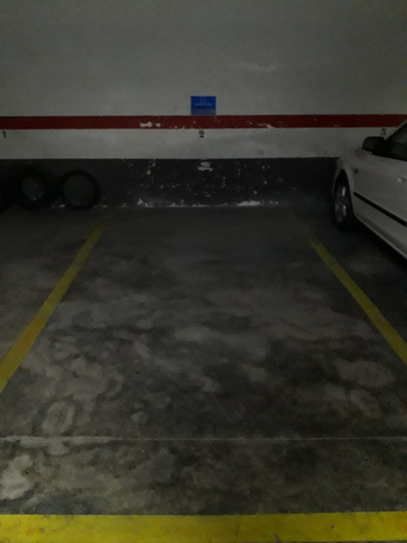 Parking voiture  Calle camp de morvedre