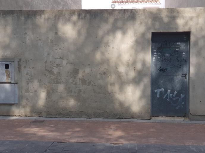 Foto 3 de Residencial en venta en Plaza Francisco Tomás y Valiente La Pobla de Farnals, Valencia