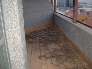 Alquiler Vivienda Ático zona nueva de sev. este, con gran terraza de 20 m2, gran piso nuevo de 4 dorm., garaje y trastero.