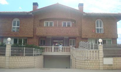 Casa adosada en venta en Haro