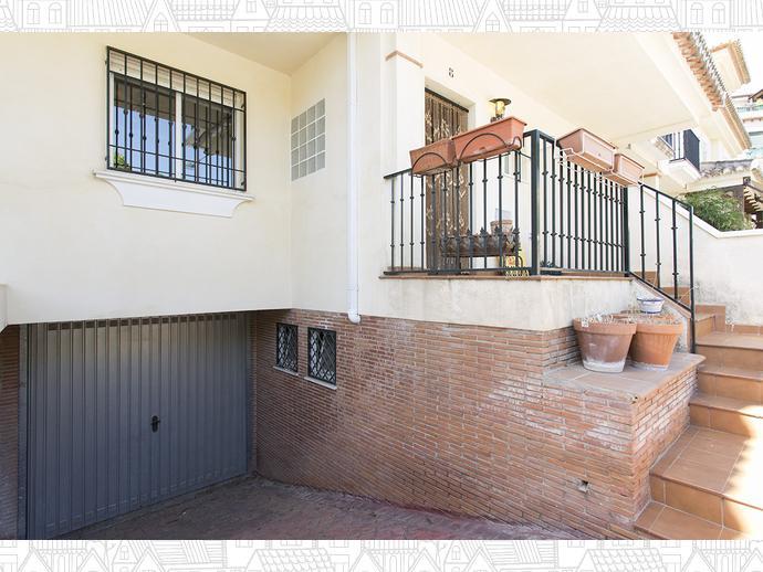 Foto 28 de Casa adosada en  Avenida Blas Infante / Ogíjares