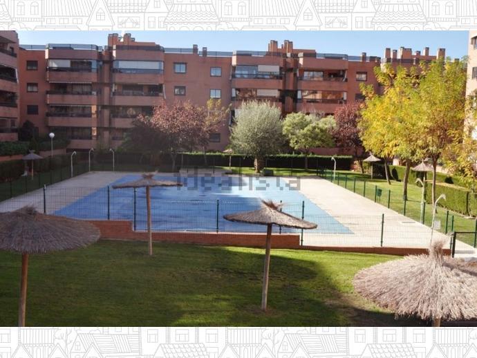 Plat à Alcobendas ville-North / Ensanche, Alcobendas