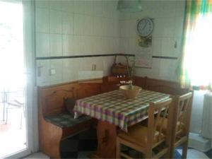 Alquiler Vivienda Casa-Chalet seminuevo (vacío) en el centro de villalba pueblo. 250m² 150m² parcela, garaje, piscina, trastero, b