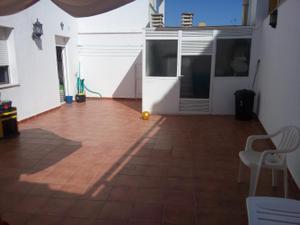Chalet en Venta en De España / Linares