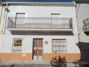 Chalet en Venta en San Mateo / Linares