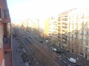 Piso en Alquiler en Paral·lel, 143 / Sants - Montjuïc