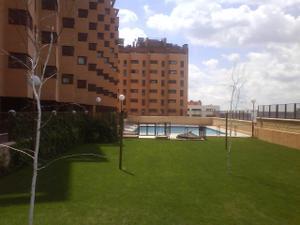 Piso en Alquiler en No Pedimos Avales, Piscina, Gym / Villa de Vallecas