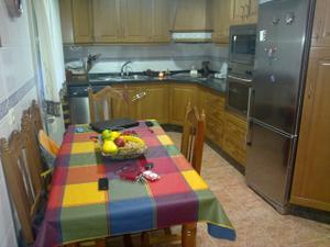 Casa adosada en Venta en Zona: Por Avda J. Carlos I / Tomelloso