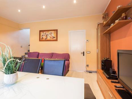 Single family semi detached for sale at Osona